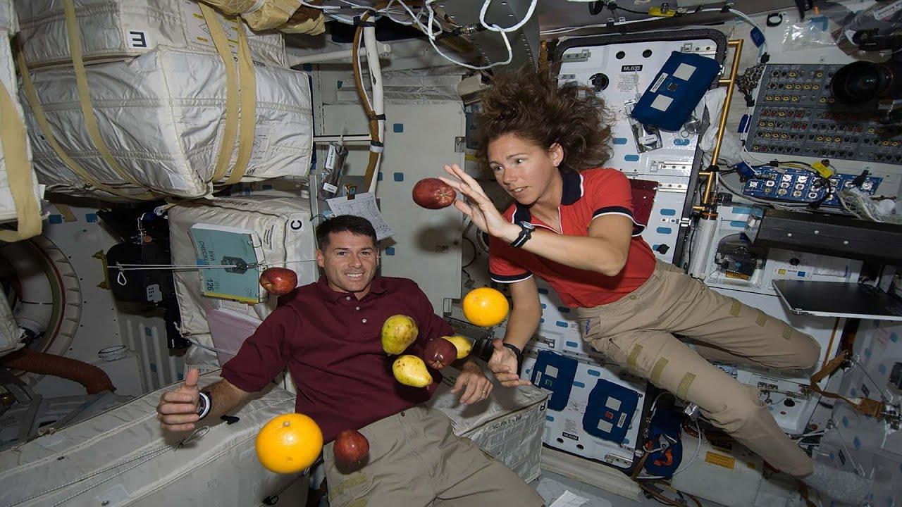 صورة محطة الفضاء الدولية وكيف يعيش رواد الفضاء فيها