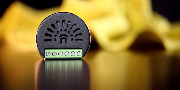 التطبيق والمزايا في مصابيح كانسي الذكية Kancy Smart Bulb