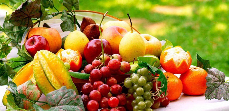 صورة فقدان الوزن مع 3 أنواع من الفاكهة