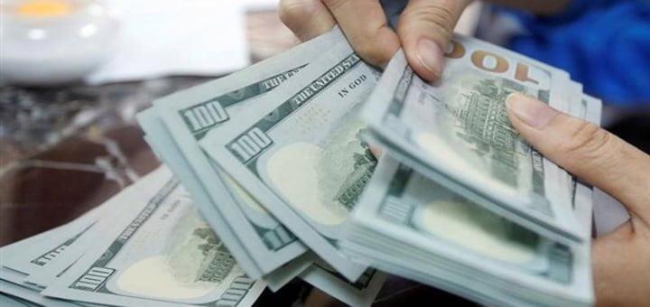 سباق خفض اسعار الفائدة