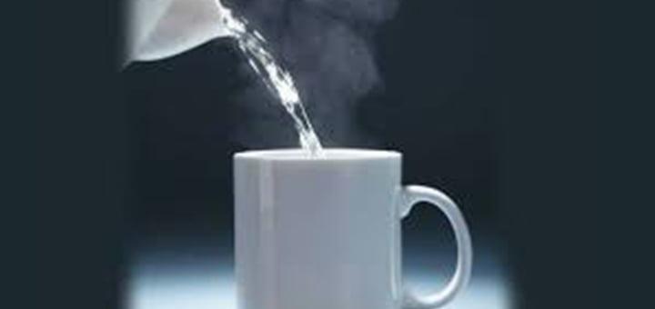 صورة فوائد شرب الماء الدافئ السحرية