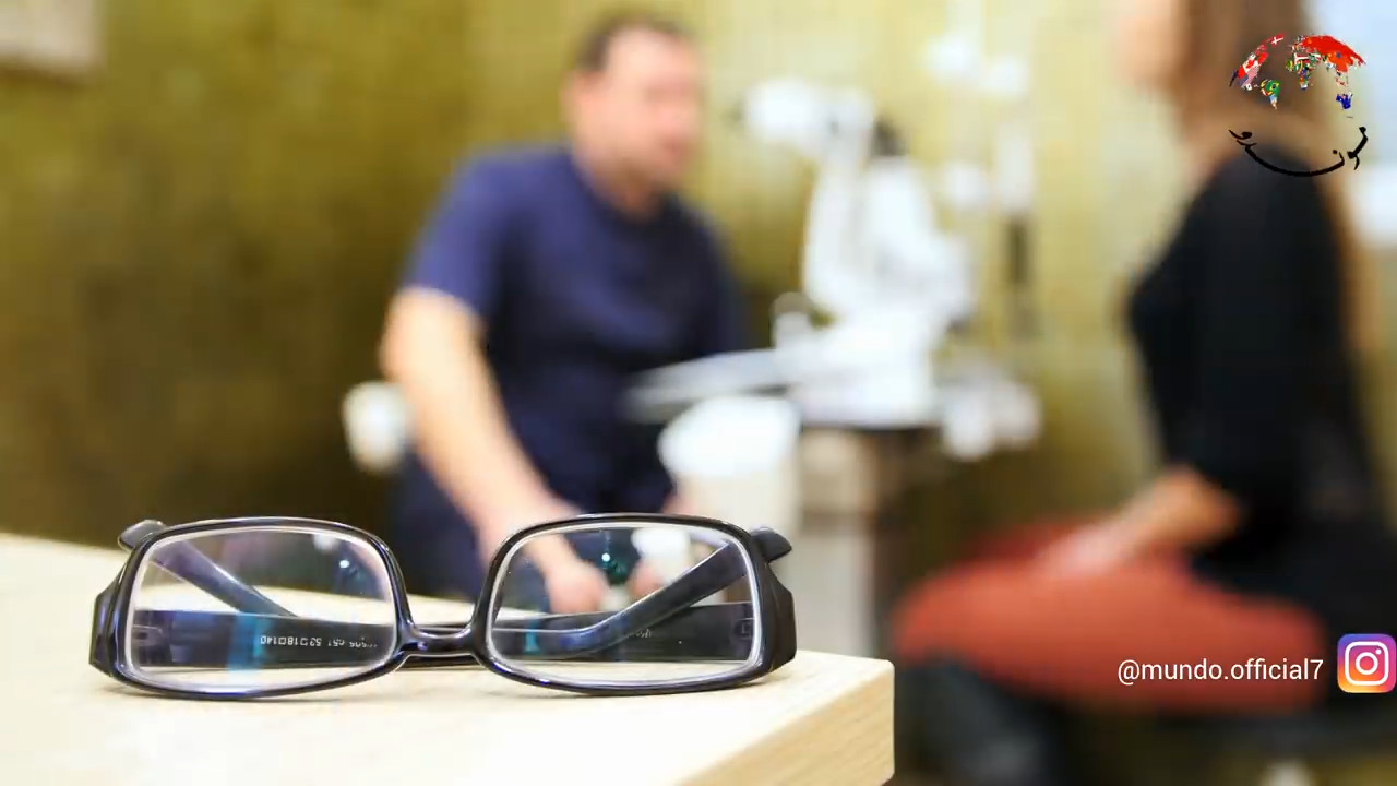 مركّب عدسات النظارات  Dispensing Optician